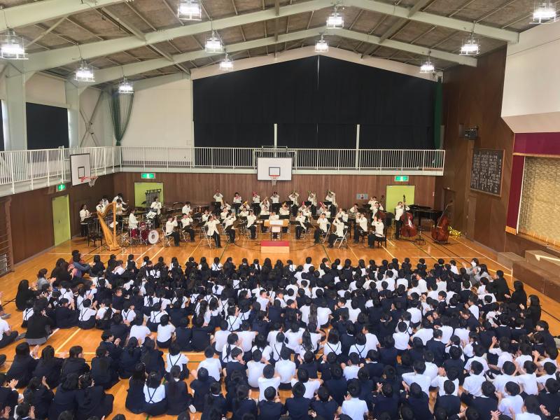 今日は里庄西小学校での音楽鑑賞会♪_d0016622_20085455.jpg