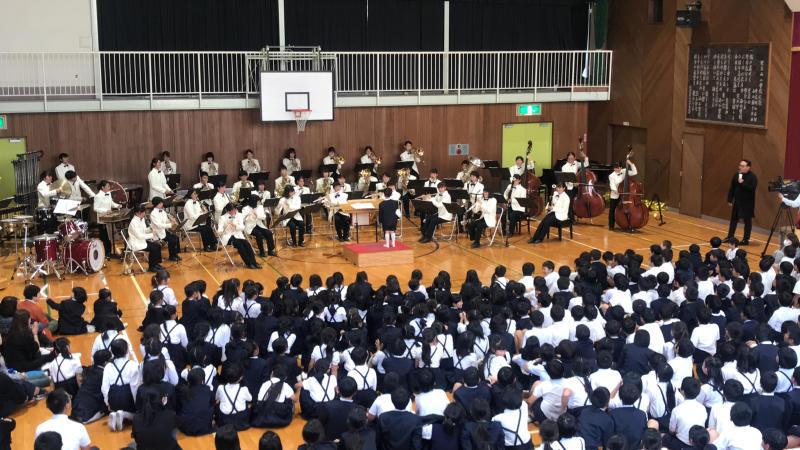 今日は里庄西小学校での音楽鑑賞会♪_d0016622_20085680.jpg