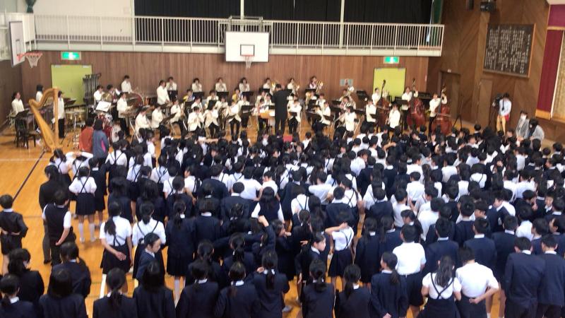 今日は里庄西小学校での音楽鑑賞会♪_d0016622_20085947.jpg