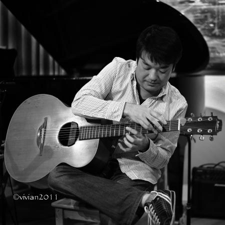 小川倫生『冬の言葉』CD発売記念スペシャルライブ in Cafe ink blue_e0227942_13564568.jpg
