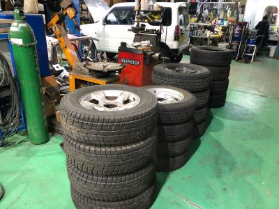 タイヤ交換の季節ですよー☆_a0143349_17160979.jpg