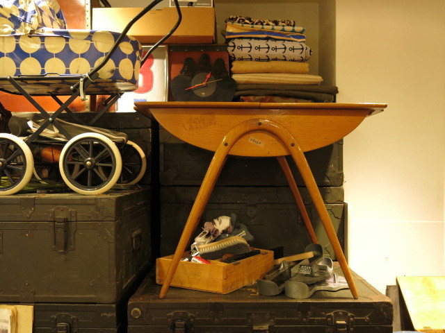 "\""Cor Alons Sewing Table #2\""ってこんなこと。_c0140560_12583397.jpg"