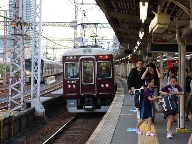 藤田八束の鉄道写真@阪急電車のお客様に感謝、傘忘れました。でも忘れ物センターに届いていました。この感激で元気になれました。_d0181492_17540657.jpg