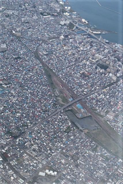 藤田八束の鉄道写真@トライアングル鉄道のある街を探しています。・・・大阪の加島トライアングルと青森千刈小学校前のトライアングルは素晴らしい。_d0181492_20294858.jpg