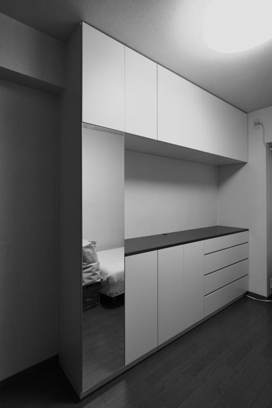 2019.11.10          寝室に壁面収納を施工_e0192609_17072422.jpg