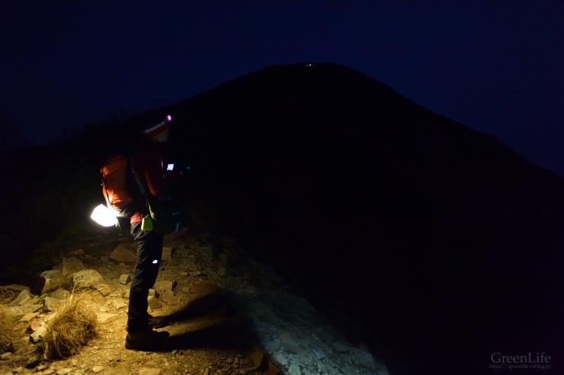 晩秋の山々へ 〜鹿島槍ヶ岳〜_f0321522_17050238.jpg