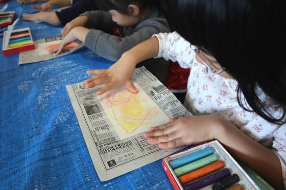 やと子ども美術教室 ~ 秋色で遊ぼう ~ _e0222340_14143035.jpg