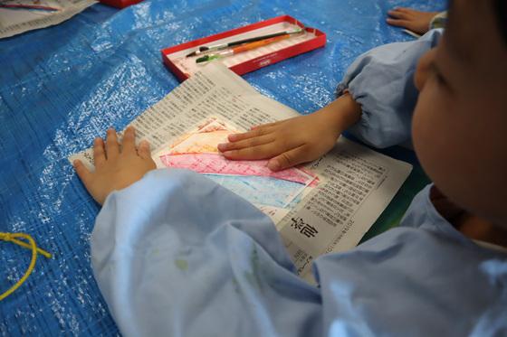 やと子ども美術教室 ~ 秋色で遊ぼう ~ _e0222340_14143332.jpg