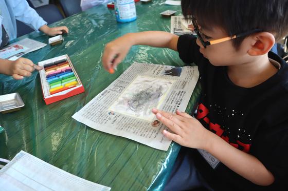 やと子ども美術教室 ~ 秋色で遊ぼう ~ _e0222340_14154037.jpg