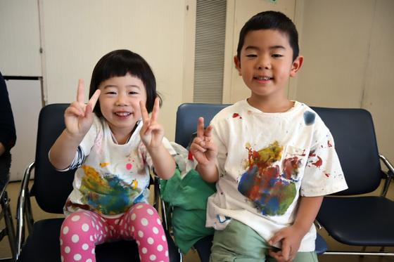 やと子ども美術教室 ~ 秋色で遊ぼう ~ _e0222340_15105068.jpg