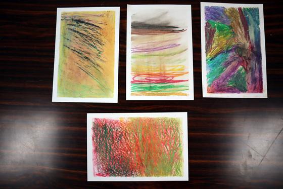 やと子ども美術教室 ~ 秋色で遊ぼう ~ _e0222340_1520254.jpg
