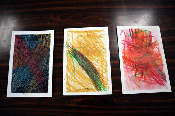 やと子ども美術教室 ~ 秋色で遊ぼう ~ _e0222340_1523242.jpg
