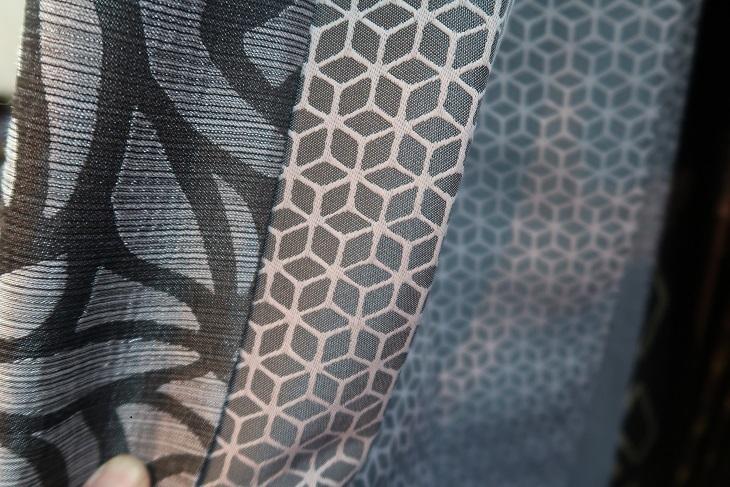 和室のカーテン事情_e0133255_17353310.jpg