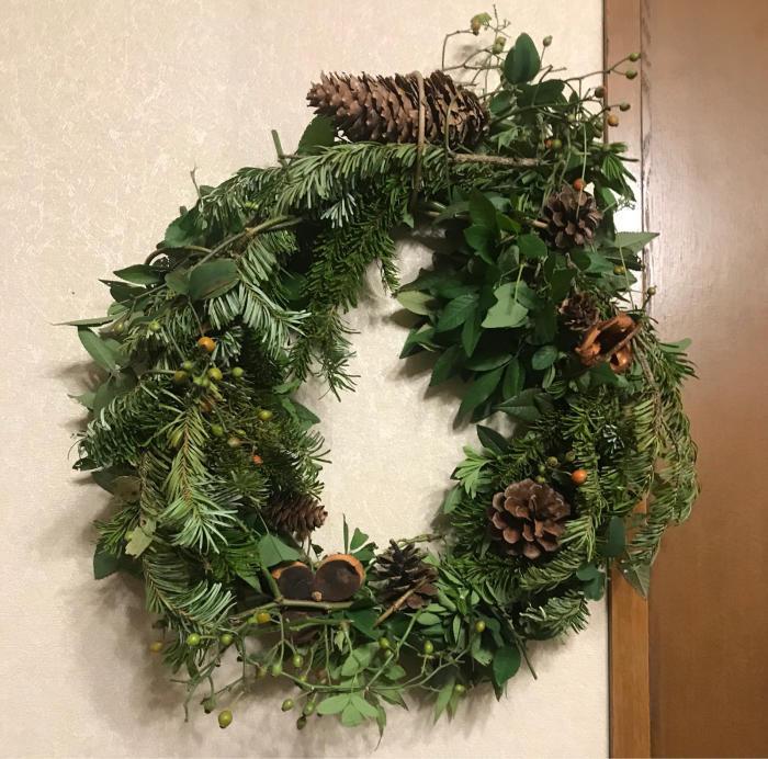 クリスマスリース_e0233674_21584795.jpg