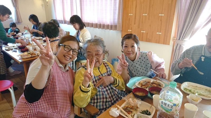 🍴2階お食事交流会🎵_f0376200_22524084.jpg