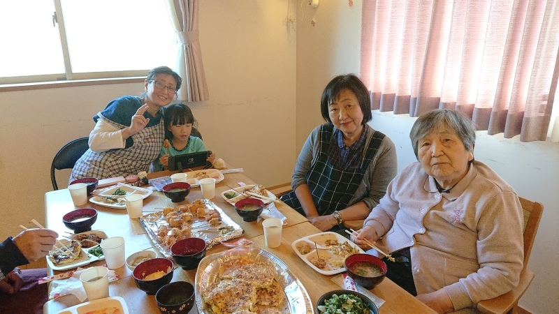 🍴2階お食事交流会🎵_f0376200_22550331.jpg