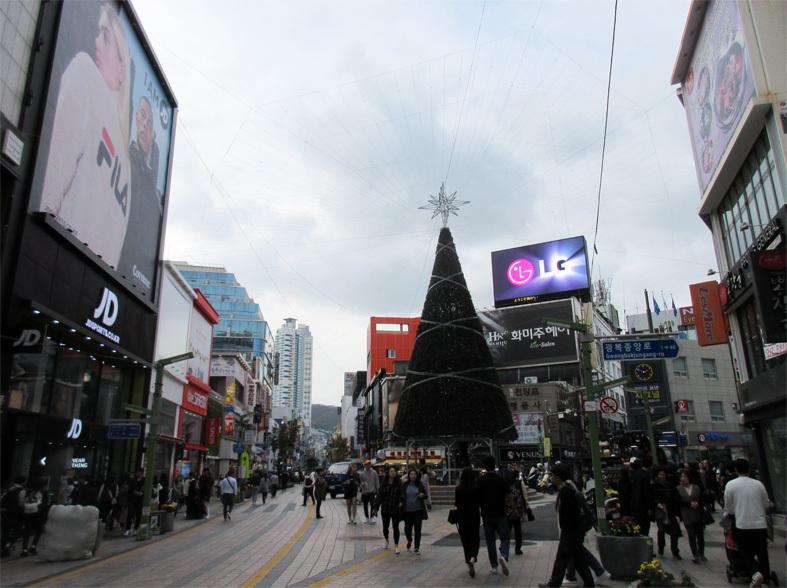 ■パトカーに乗って行く朝鮮通信使歴史館――こういう時こそ、いつもの釜山へ_d0190217_22354626.jpg
