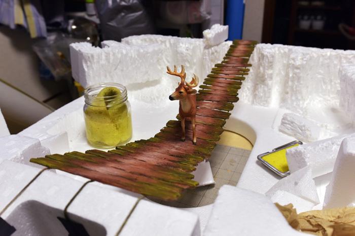 吊り橋を渡る鹿〜ネイリーマン諸島_b0175635_11120132.jpg