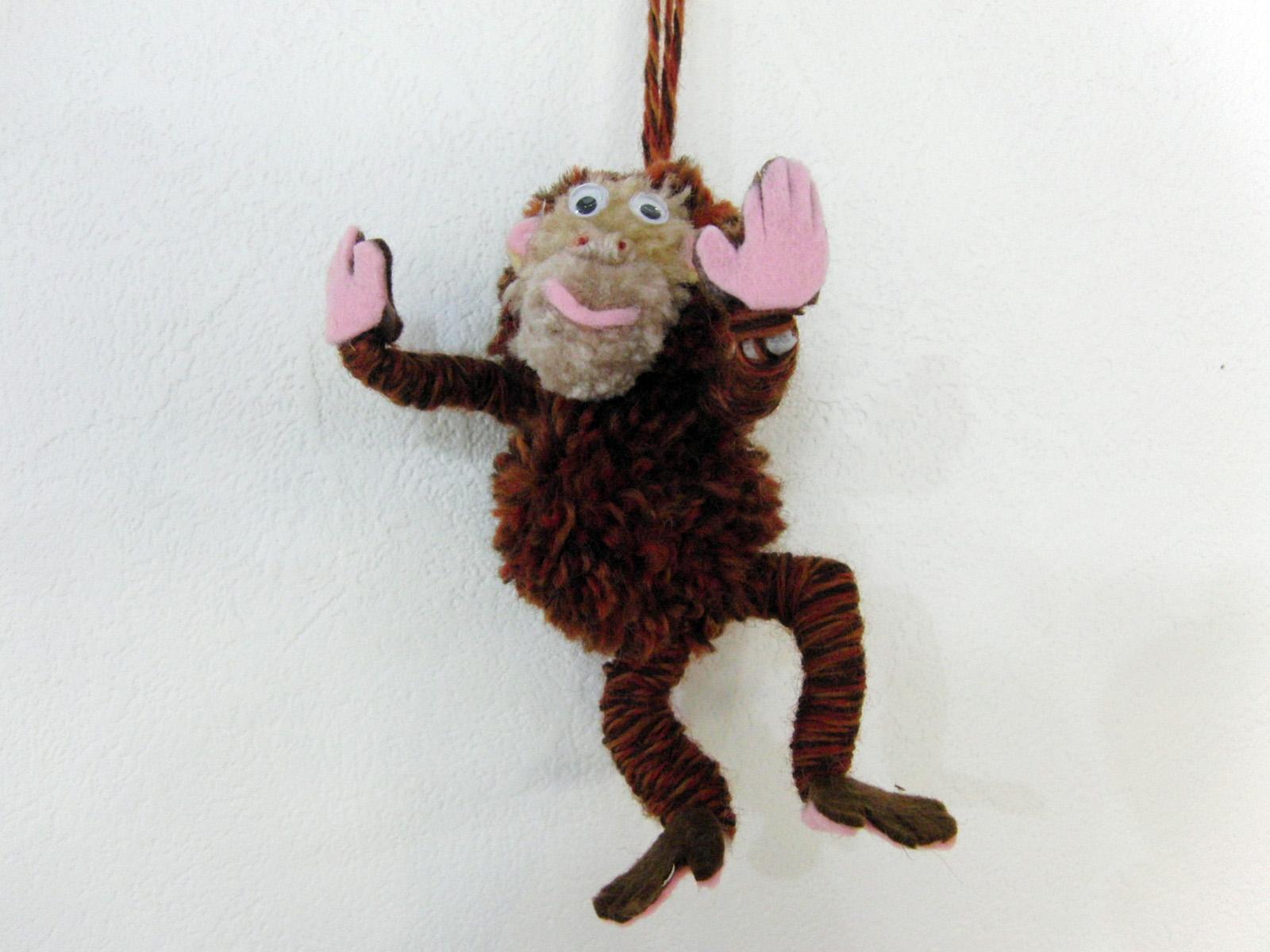 ポンポン人形 ~ サル ~_e0222340_17495589.jpg