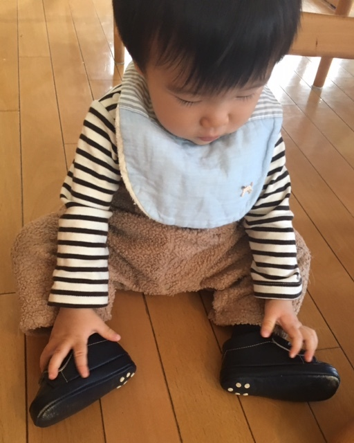 first shoes   懐かしい12cm♪_a0165160_22523540.jpg