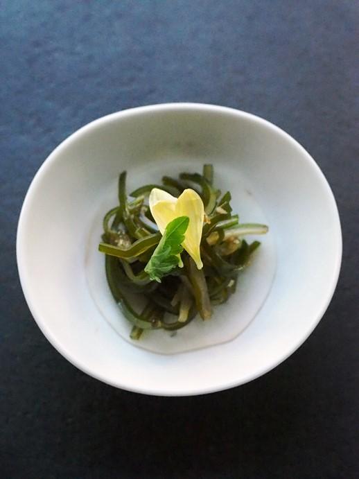 昆布の黒酢大蒜和え_e0148373_17113023.jpg