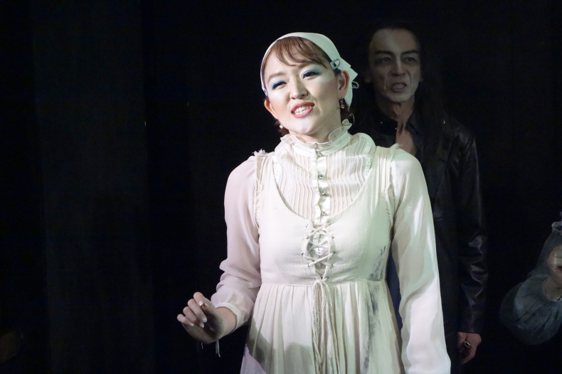 Photos of「After Ever Happily Ever After」in TOKYO_d0388376_14182843.jpg