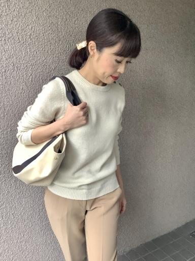 りえさん着画集・カシミヤローゲージニット①_b0210699_23235657.jpeg
