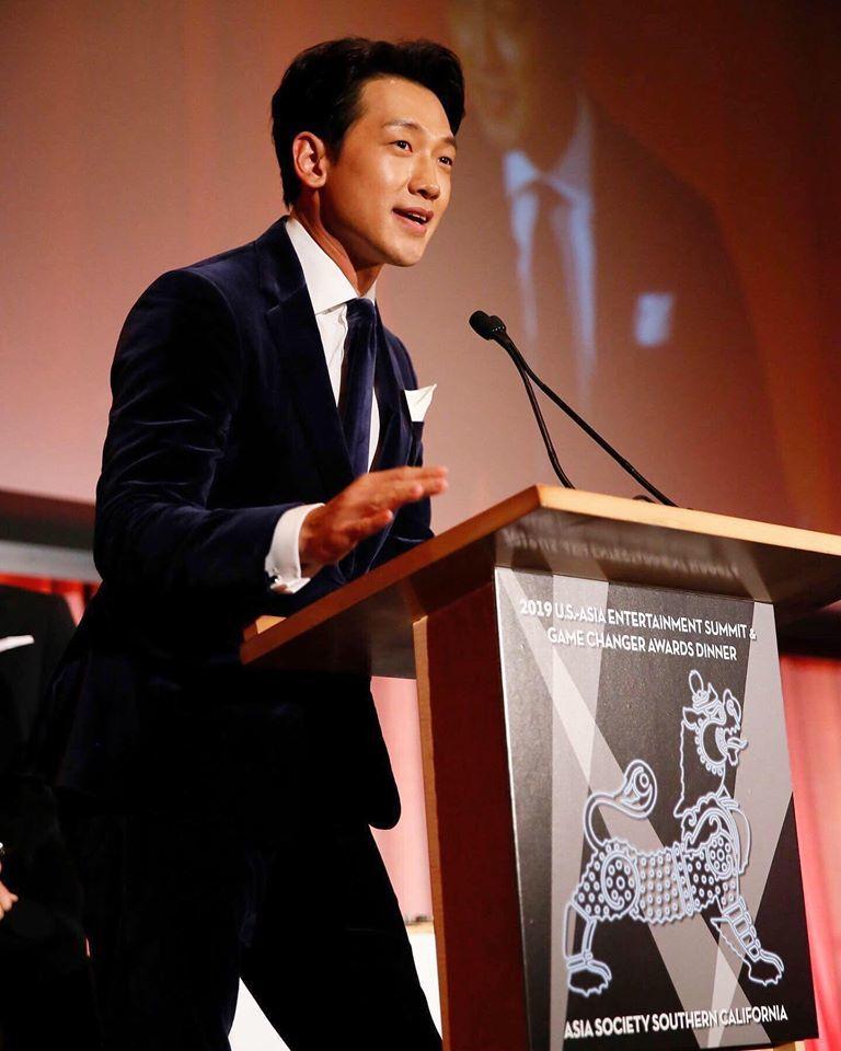 USアジアエンターテインメントGame Changer Awards_c0047605_07585337.jpg
