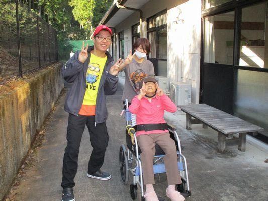 11/8 散歩_a0154110_09230922.jpg