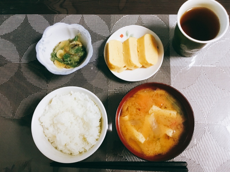 🌻ひまわり荘 朝食:だし巻き卵  山菜おろし  みそ汁  ごはん_c0357519_08233620.jpeg