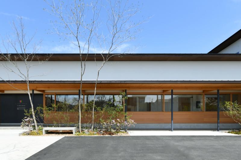 『屋根のある建築作品コンテスト2019』非住宅部門におきまして「ひらざわ内科ハートクリニック」が優秀賞を受賞いたしました!!_f0165030_14112934.jpg