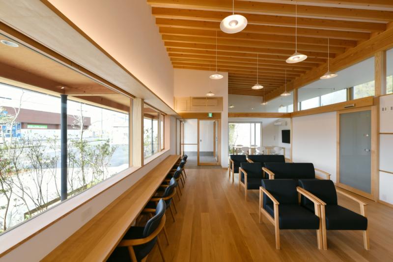 『屋根のある建築作品コンテスト2019』非住宅部門におきまして「ひらざわ内科ハートクリニック」が優秀賞を受賞いたしました!!_f0165030_14113524.jpg