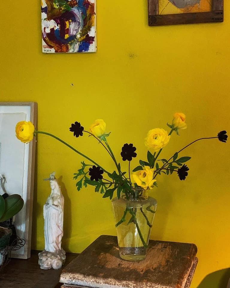レイヤーを考え花を活ける 心地よい時間。。。_e0243332_11225054.jpg