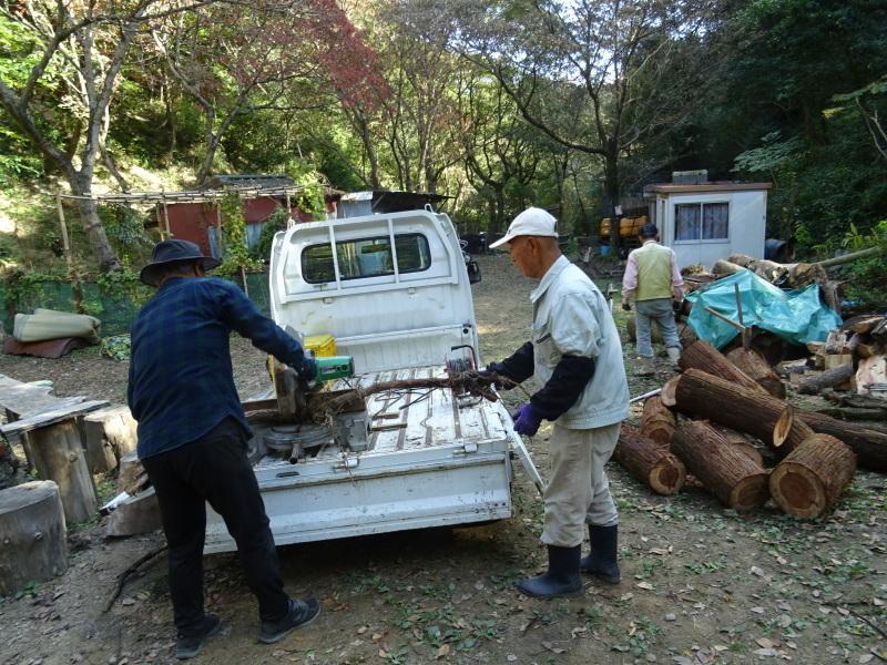 台風被害処理が続く・・・孝子の森_c0108460_17000660.jpg
