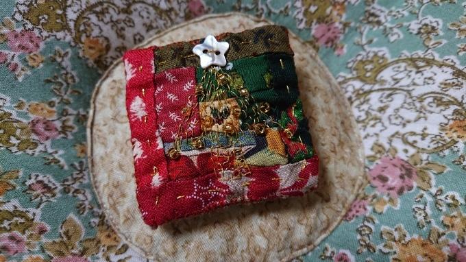 クリスマスのブローチ♪_f0374160_21474907.jpg