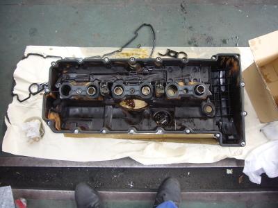 BMW X3 エンジンオイル漏れ 修理_c0267693_16514698.jpg