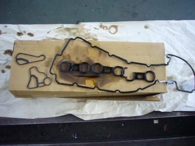 BMW X3 エンジンオイル漏れ 修理_c0267693_16520560.jpg