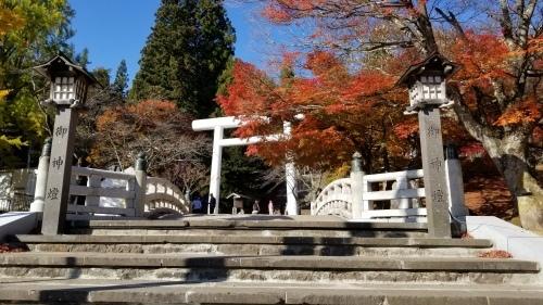 猪苗代町土津(はにつ)神社にて♪_f0165126_16054537.jpg