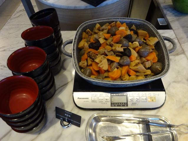「シースケイプ」の朝食@「ヒルトン東京お台場」_b0405262_20201055.jpg