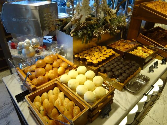 「シースケイプ」の朝食@「ヒルトン東京お台場」_b0405262_20221739.jpg