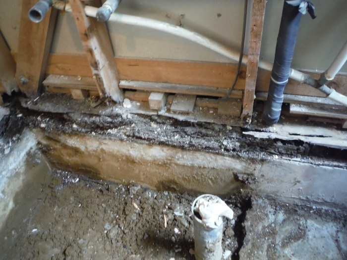まとめてリフォーム ~ 浴室解体工事。_d0165368_05072679.jpg