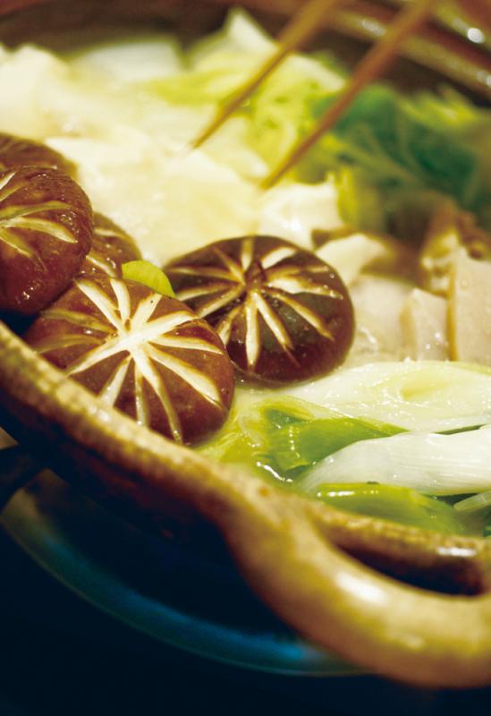 土鍋の美味しい季節です。対馬いりやき編_e0080369_14281614.jpg
