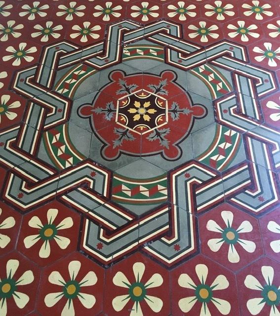 Casa Romantica のセメントタイルの床_e0350971_11280330.jpg