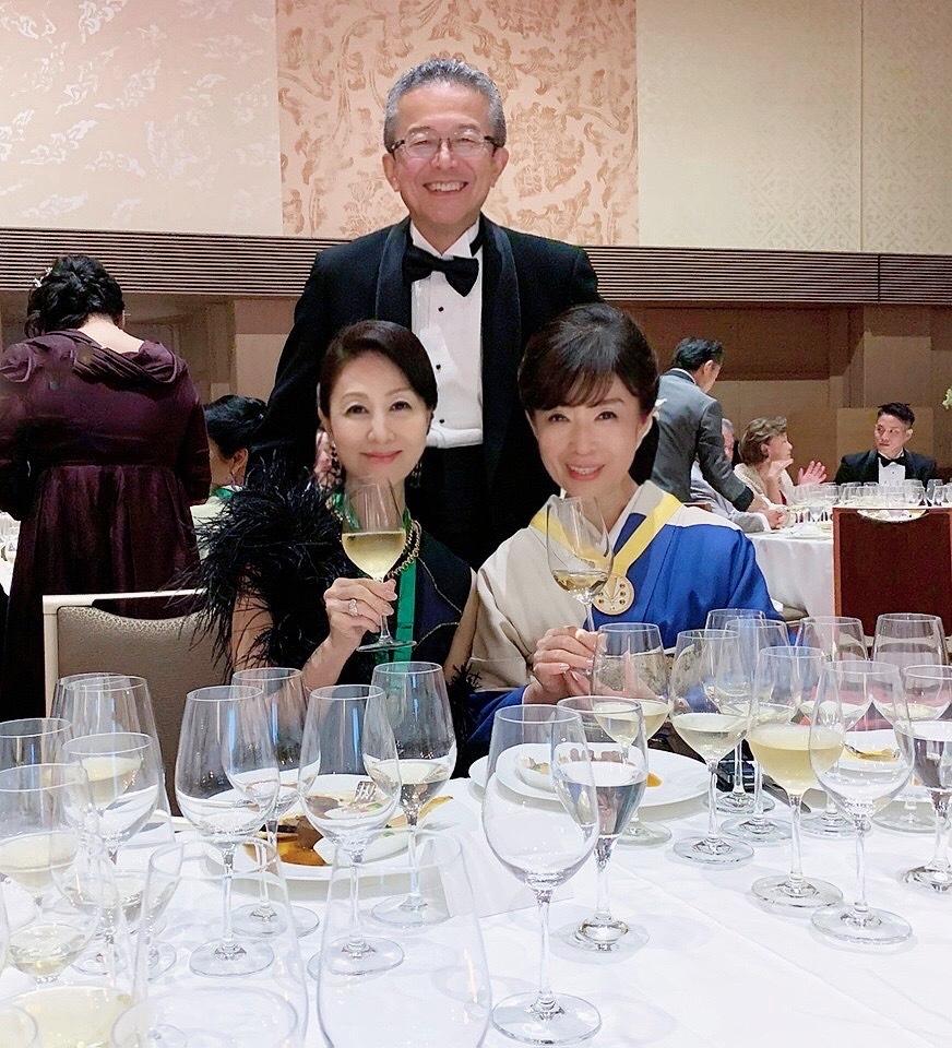 日本開催第10回シャンパーニュ騎士団叙任式 晩餐会へ@オークラ東京♬_a0138976_14292214.jpg