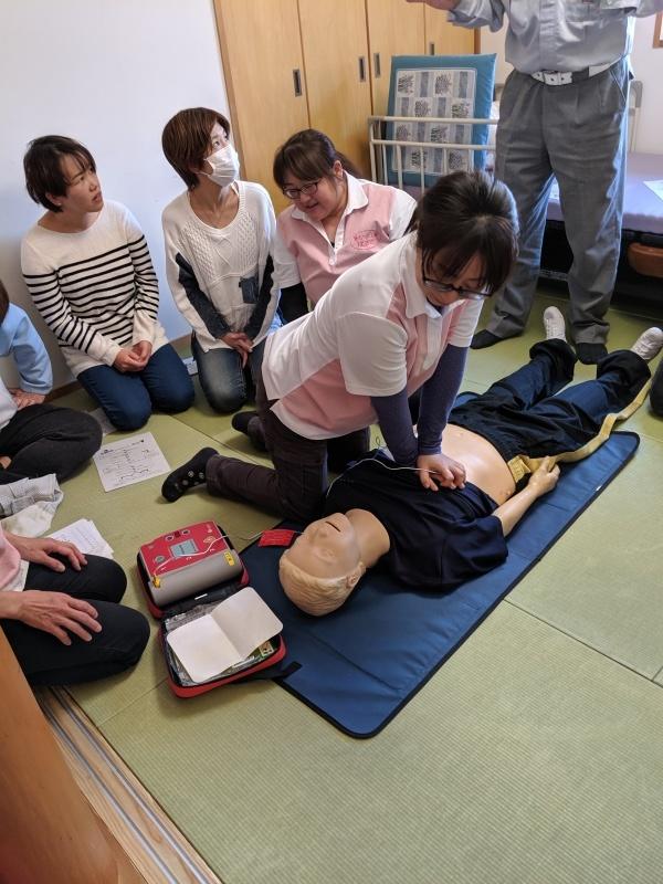 救命処置講習会_f0376200_13280526.jpg