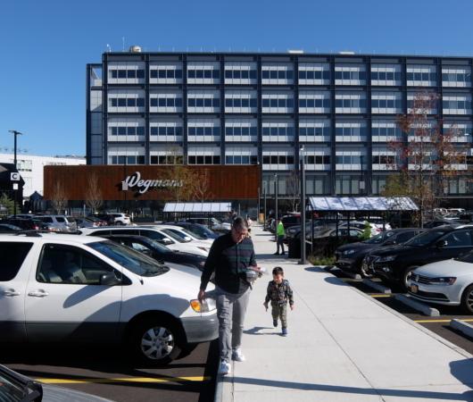 米国No1老舗スーパーマーケット、ウェグマンズ(Wegmans)ブルックリン店への道_b0007805_07143147.jpg