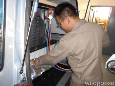 TW2 ディアスワゴン エアコン修理中(*゚▽゚)ノ_c0213517_15275737.jpg