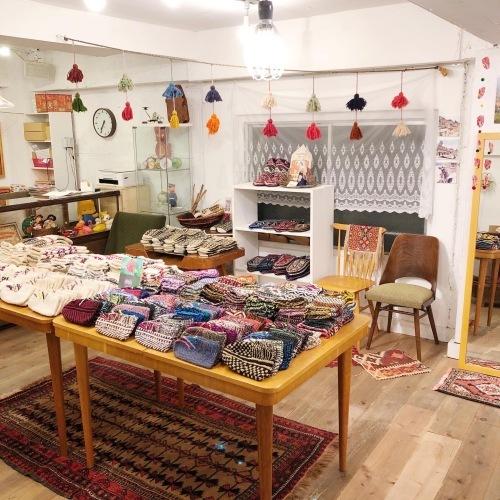 イランのおばあちゃんの手編み靴下展 チェドックザッカストア_d0156336_23162689.jpg