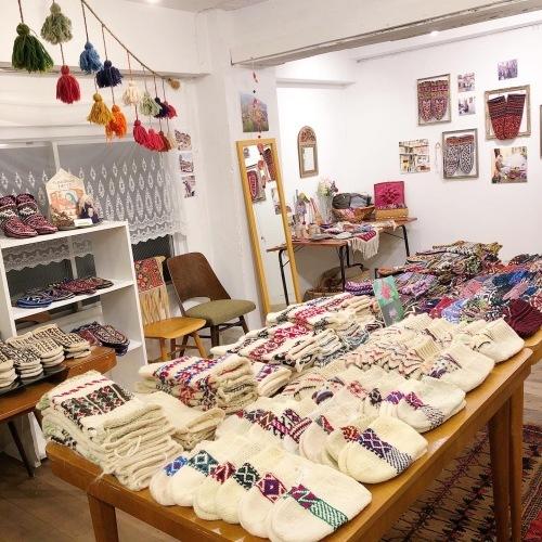 イランのおばあちゃんの手編み靴下展 チェドックザッカストア_d0156336_23212439.jpg