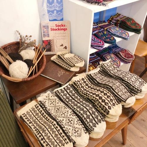 イランのおばあちゃんの手編み靴下展 チェドックザッカストア_d0156336_23223212.jpg